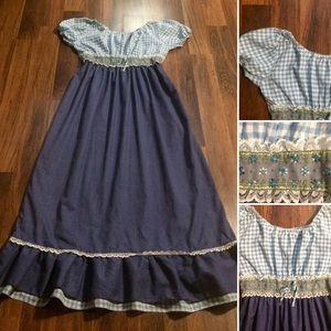 New Listing! Vintage 70s Gingham Denim Dress